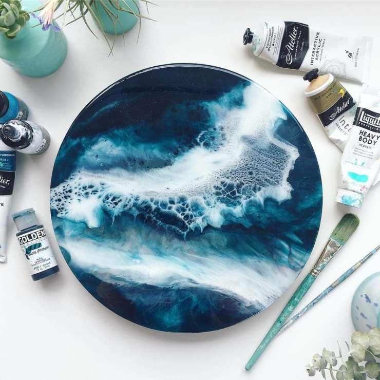 Картина эпоксидной смолой (resin art)